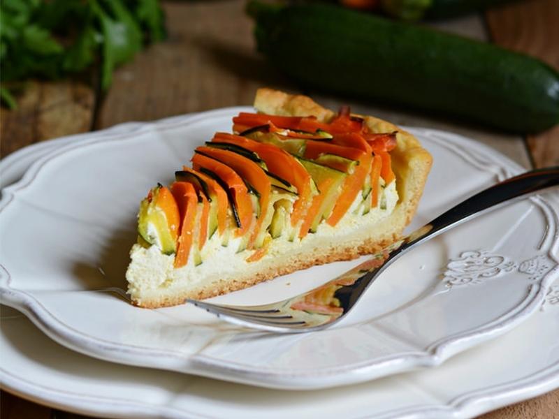Torta salata al formaggio con verdure