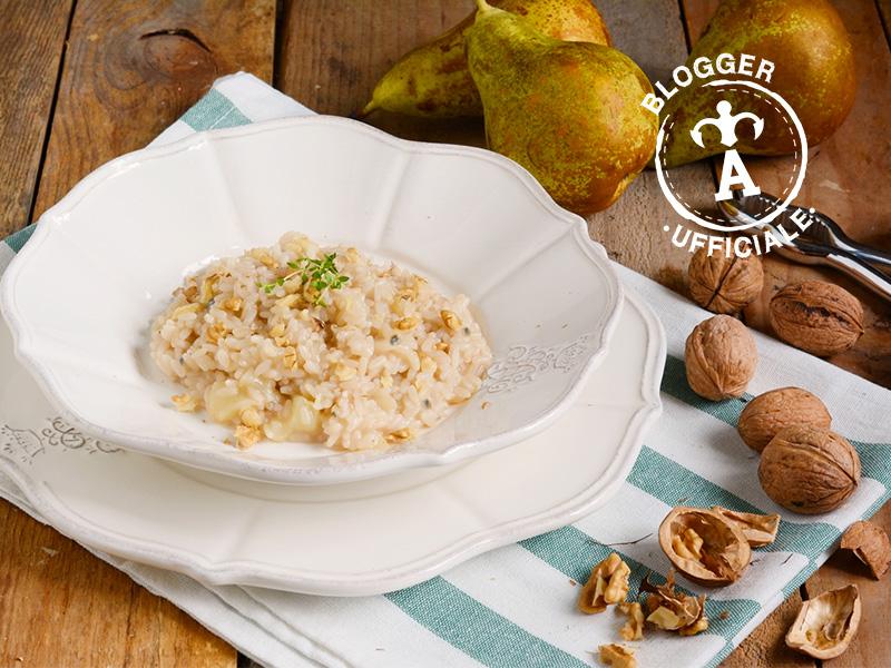 ricette con il gorgonzola risotto pere e noci